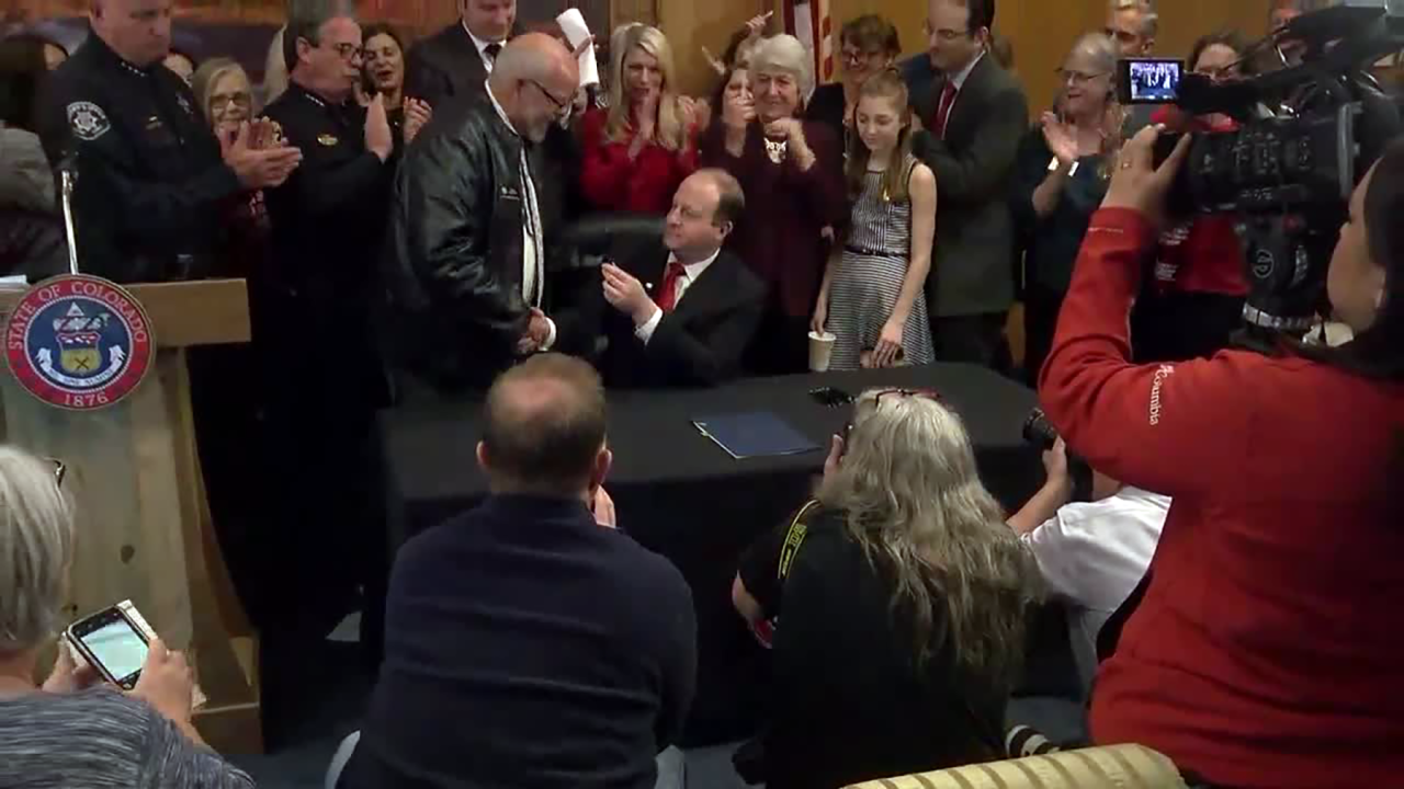 red flag bill signed polis.png