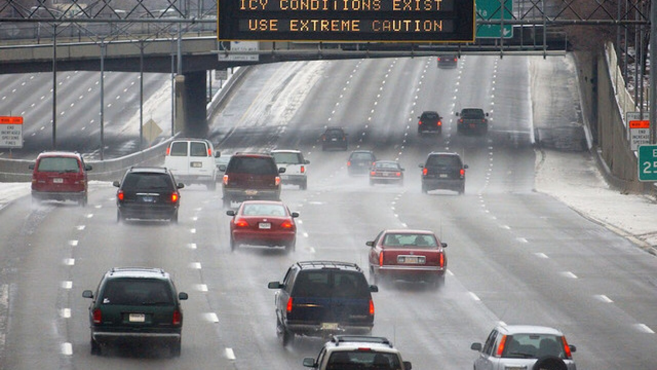 Snowstorm slams eastern US, killing 8