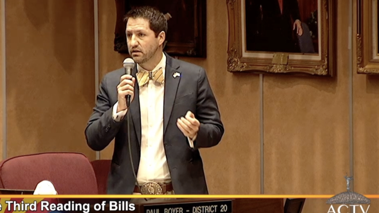 Arizona lawmaker holds up budget to fight for victims of sex abuse