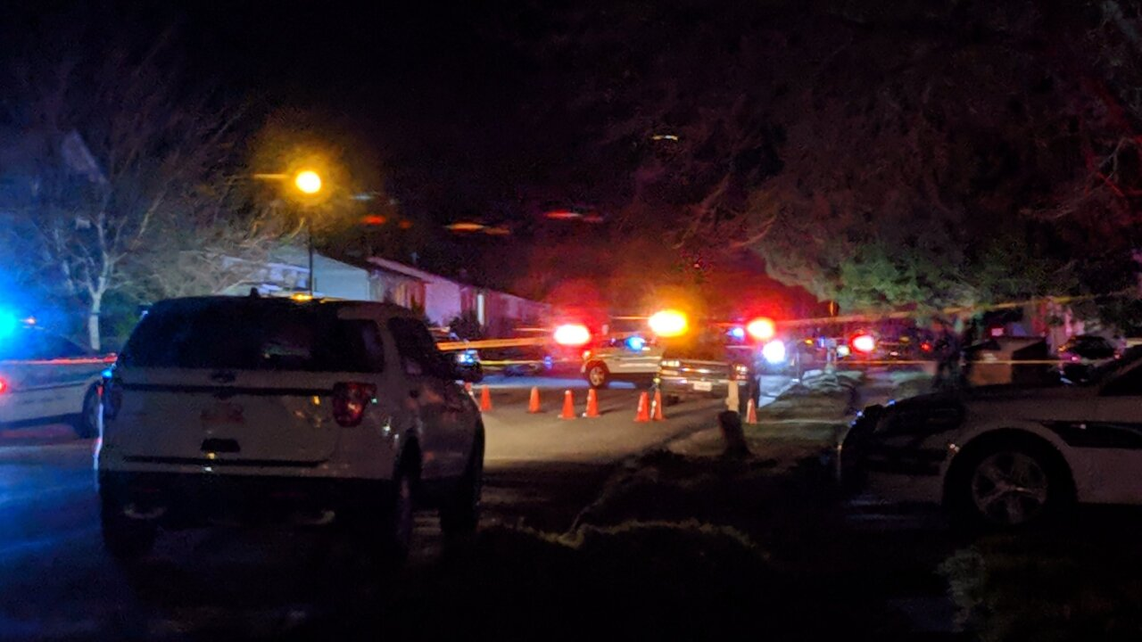 Man injured, suspect at large after shooting in West ValleyCity