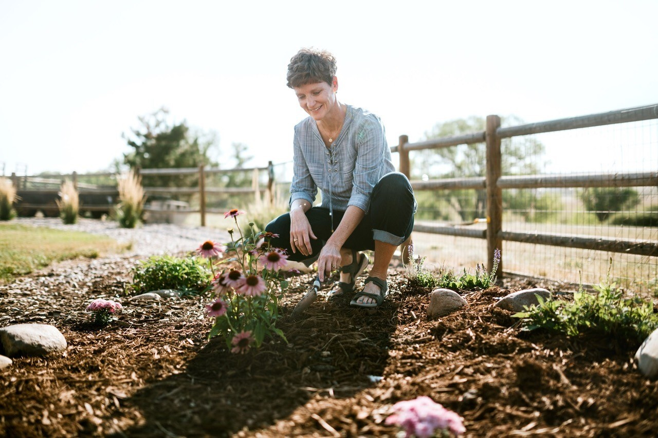 Kelli Evans keeps her passions, like gardening, at the forefront of her thoughts, not her disorder.