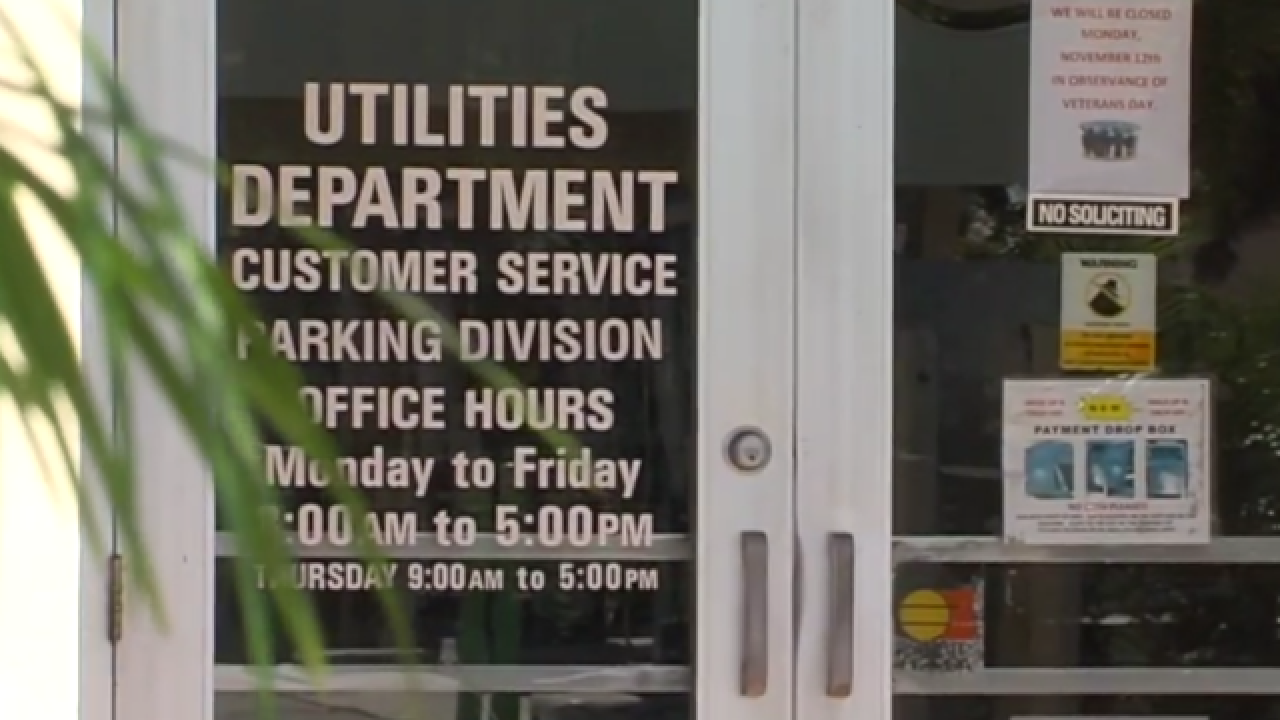 Lake Worth utility customers want to pay in person to avoid risk of