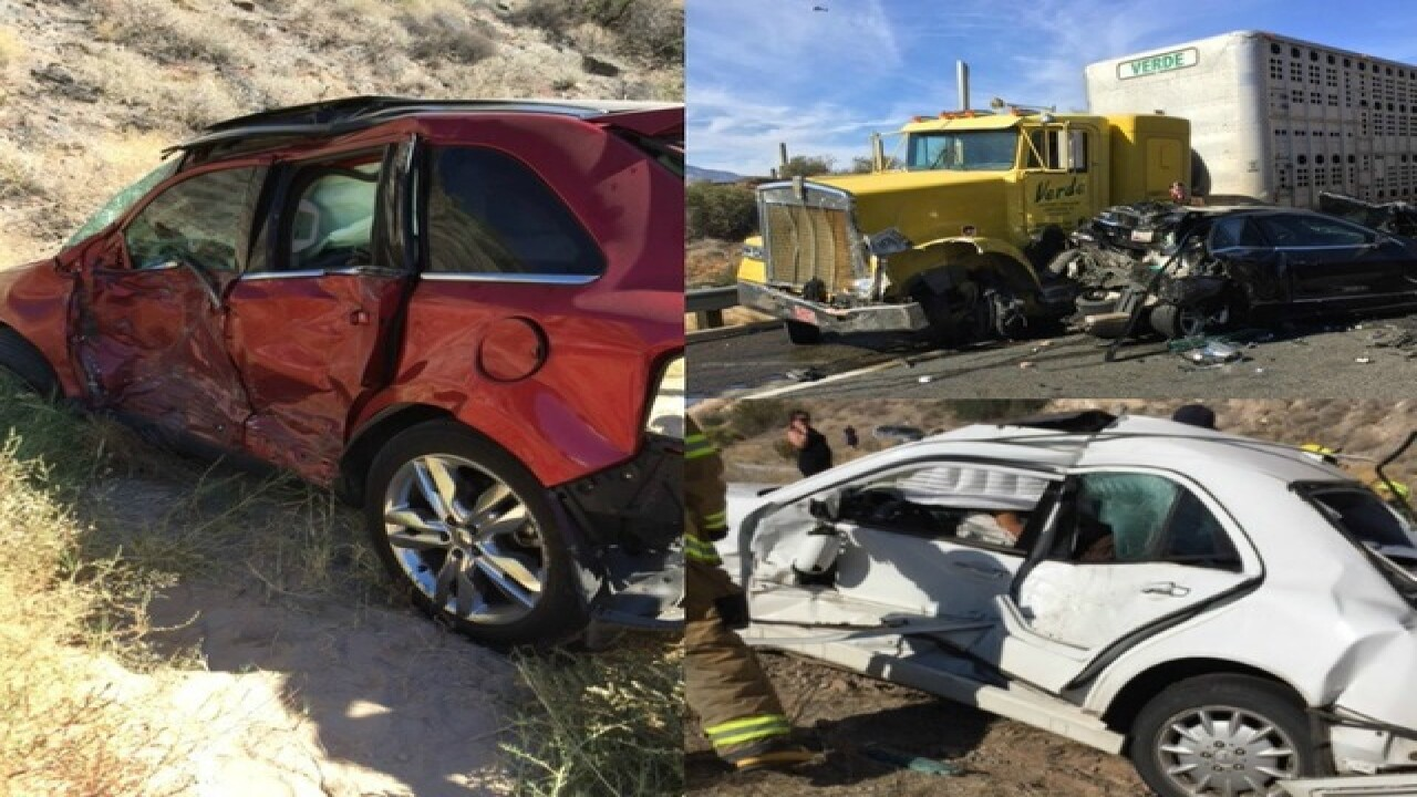 I-17 SB closed near Black Canyon City for crash