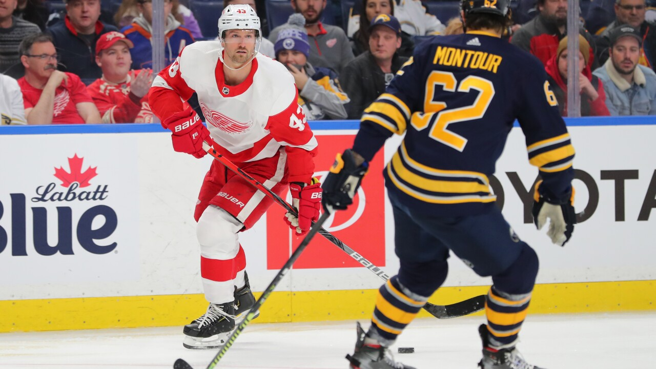 Red Wings fall to Sabres despite Darren Helm's two goals