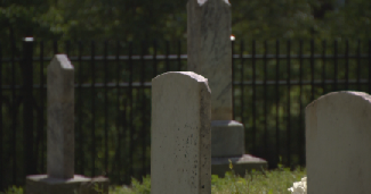 family discovers slaves were buried at historic family