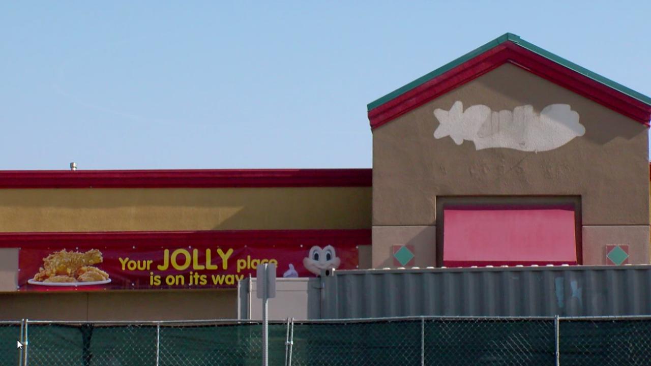 Jollibee, Stockdale Highway