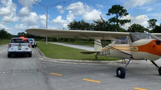 A Cessna 140 makes an emergency landing on Southwest Glades Cut-Off Road in Port St. Lucie on Aug. 2, 2021.jpg