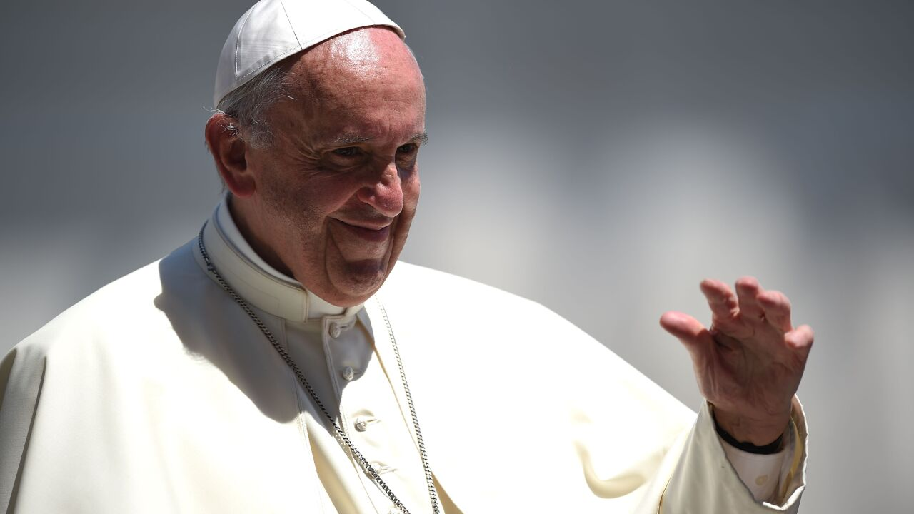 Pope Francis calls for change to Catholic teaching on death penalty