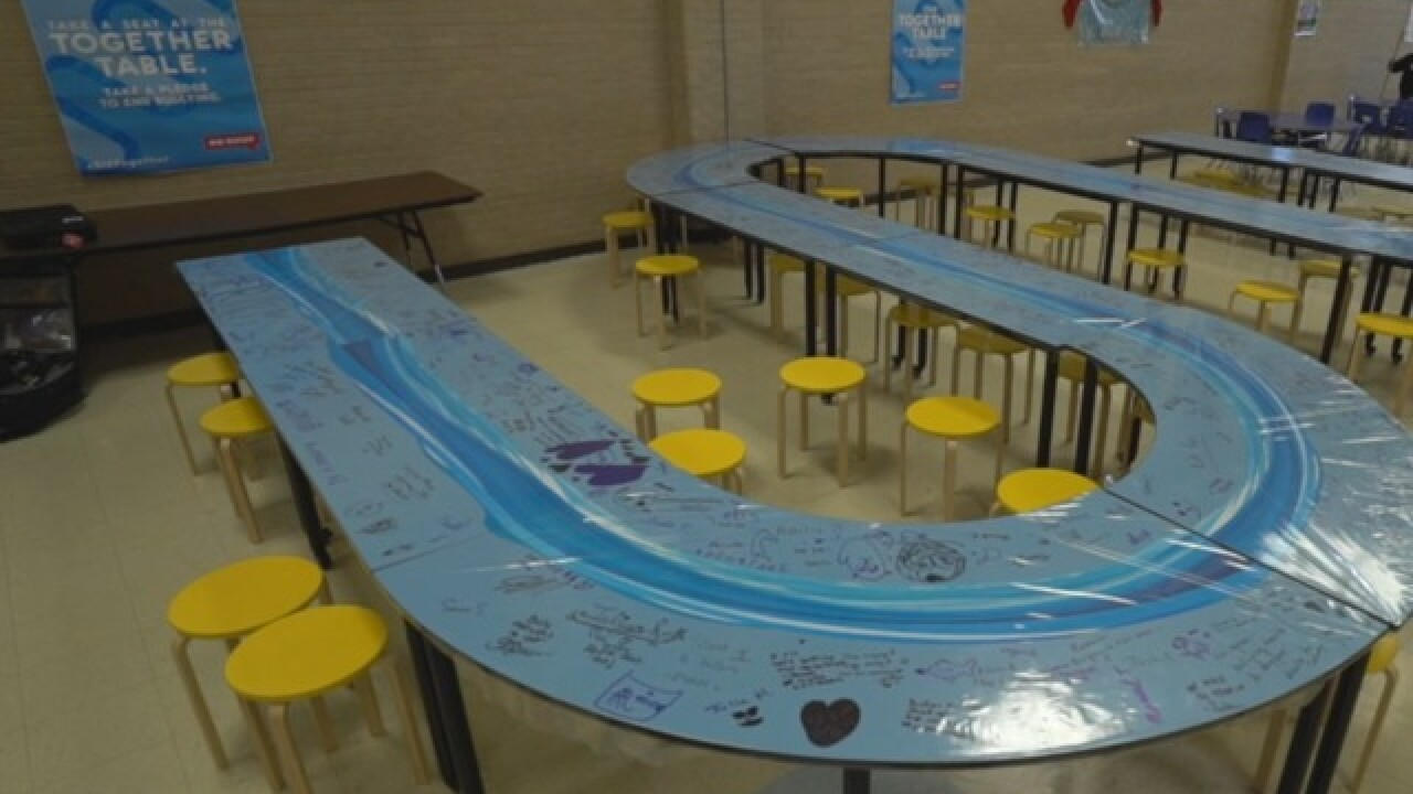 Colorado school brings students together at lunch time in unique way