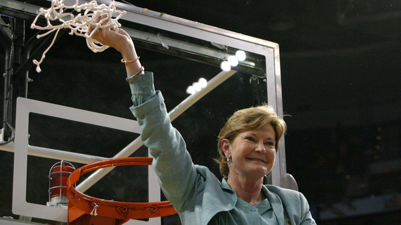 Pat Summit's legendary career, in photos