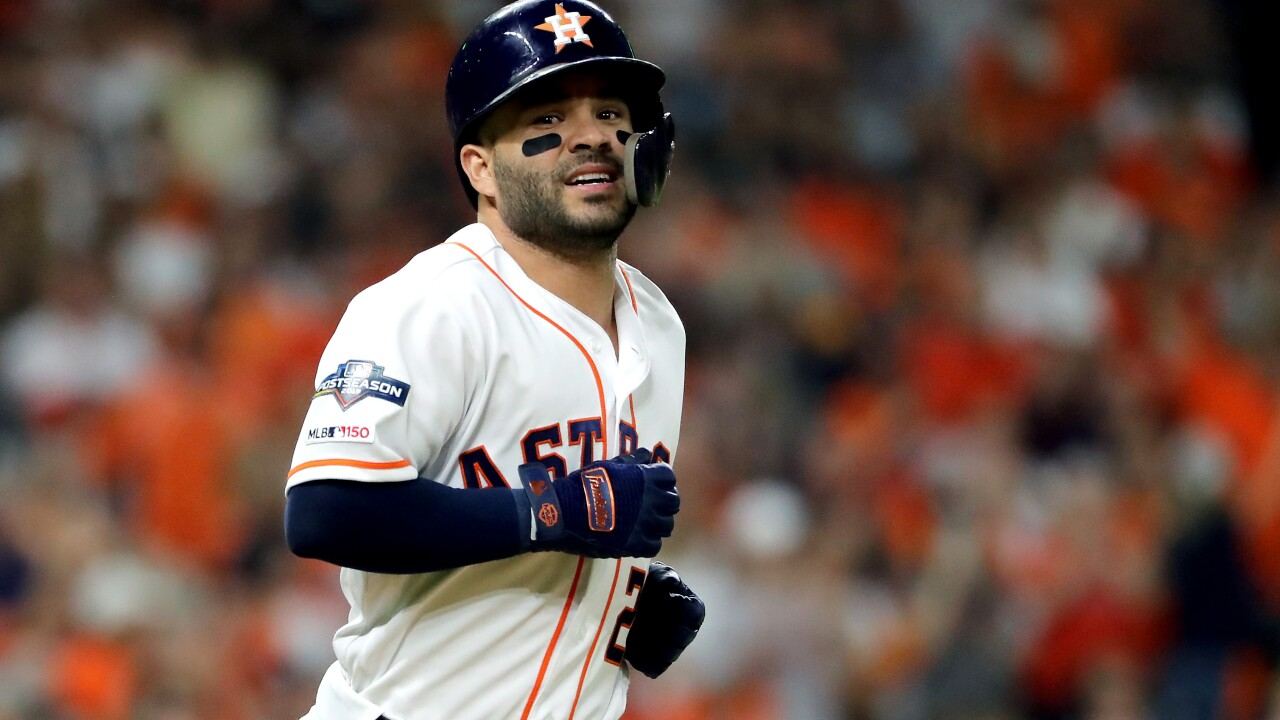 Altuve Astros >> Jose Altuve Hits Walk Off Home Run To Send Astros Past