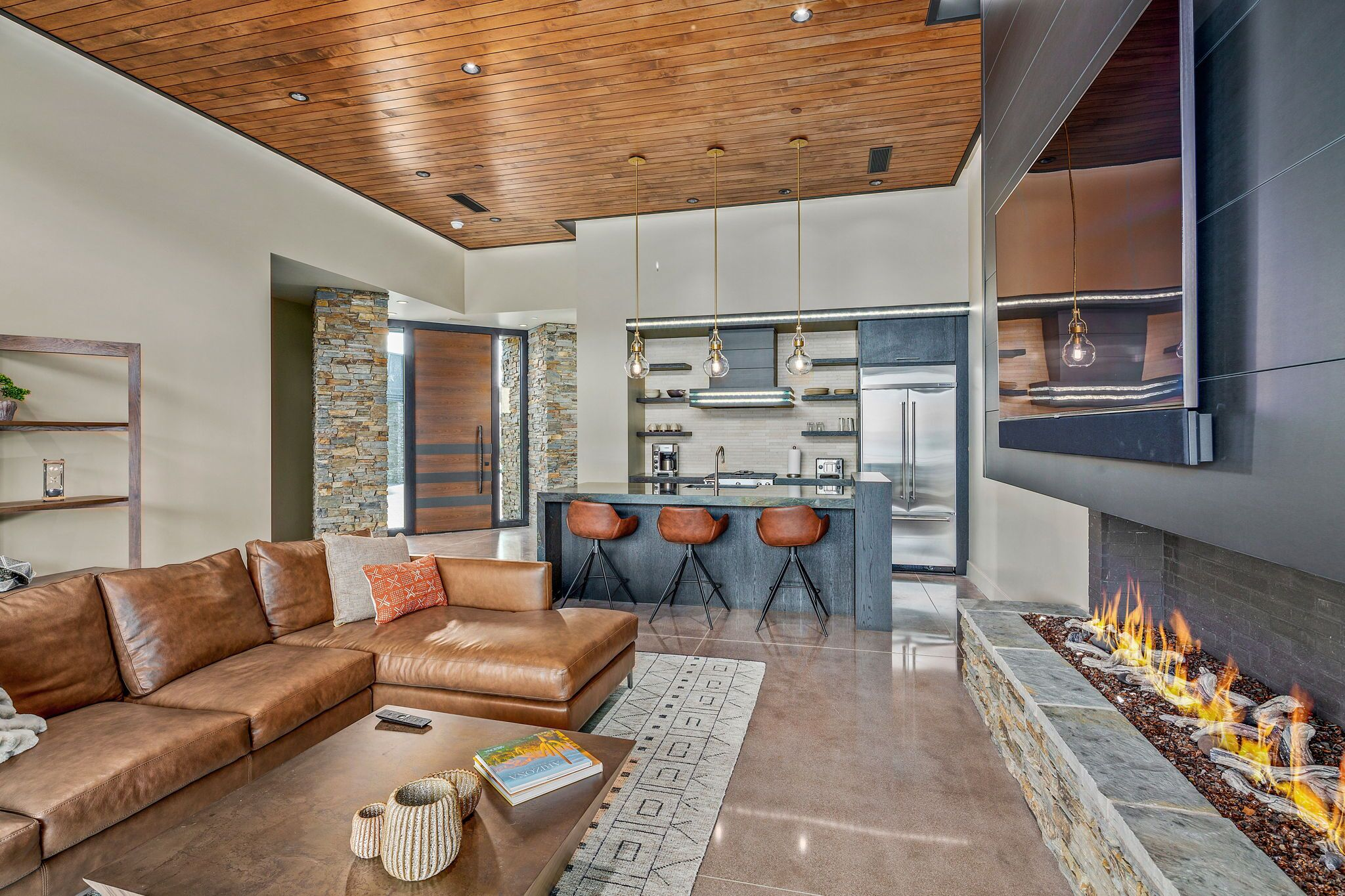 9300+E+Grapevine+Pass+Scottsdale-40-WebQuality-Guest+Casita+Living+Areas.jpg