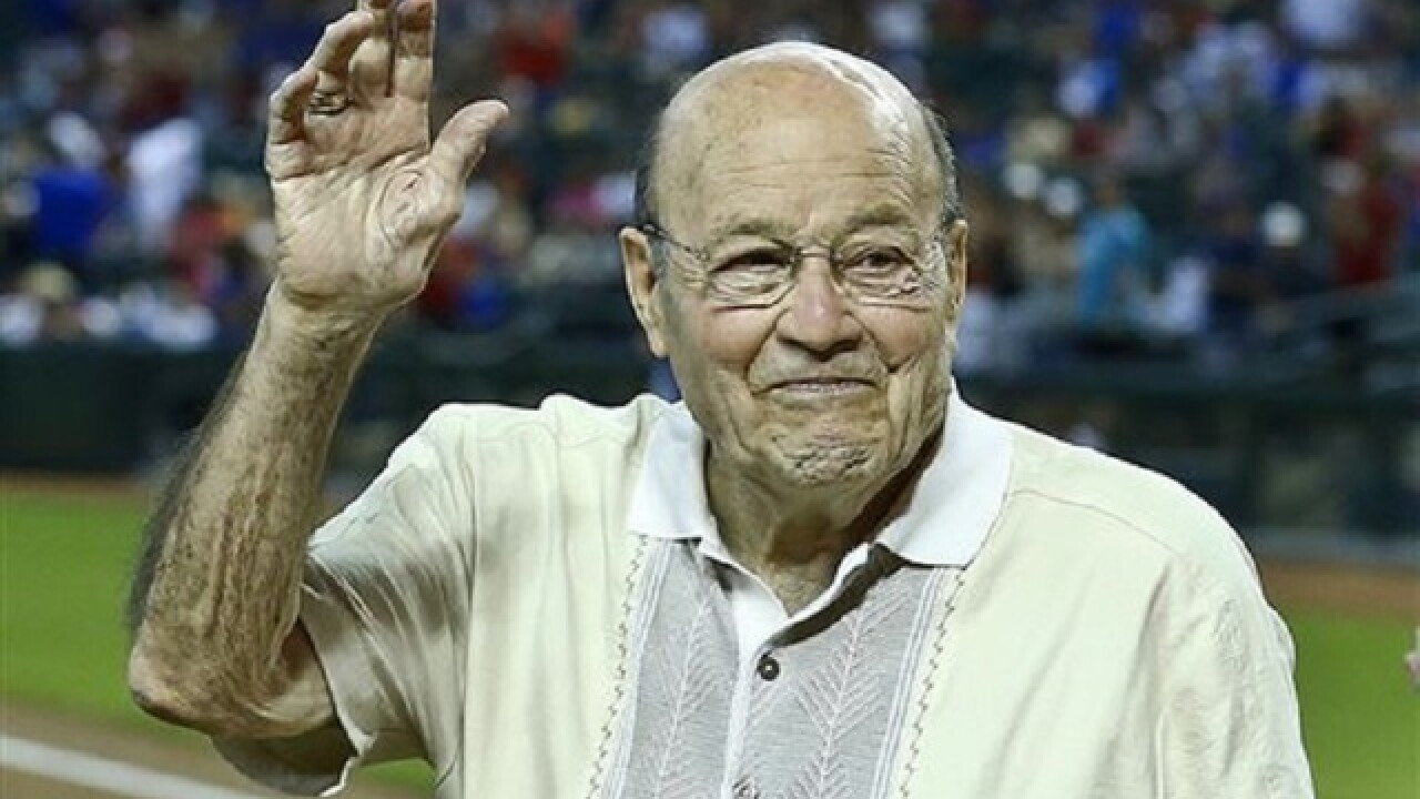Ex-baseball player Joe Garagiola dies at 90
