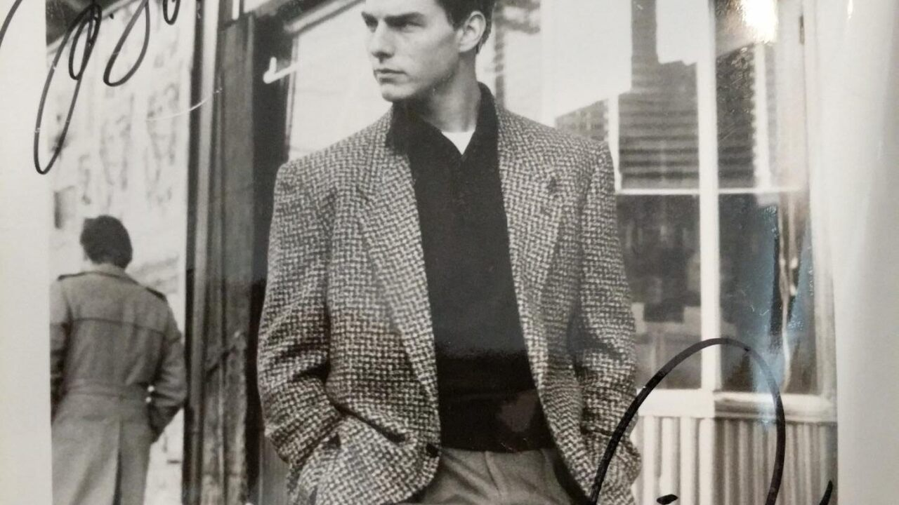 7-tom cruise signed photo.jpg