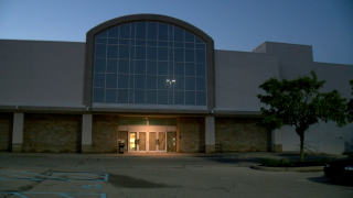 WCPO haunted sears building western hills plaza.png