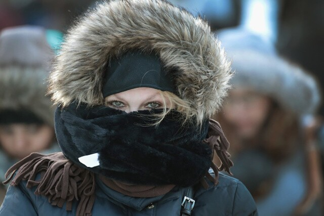 Images: Deep-freeze and snow chill much of the U.S.