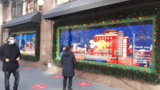 NYC Macy's storefront honors front-line workers