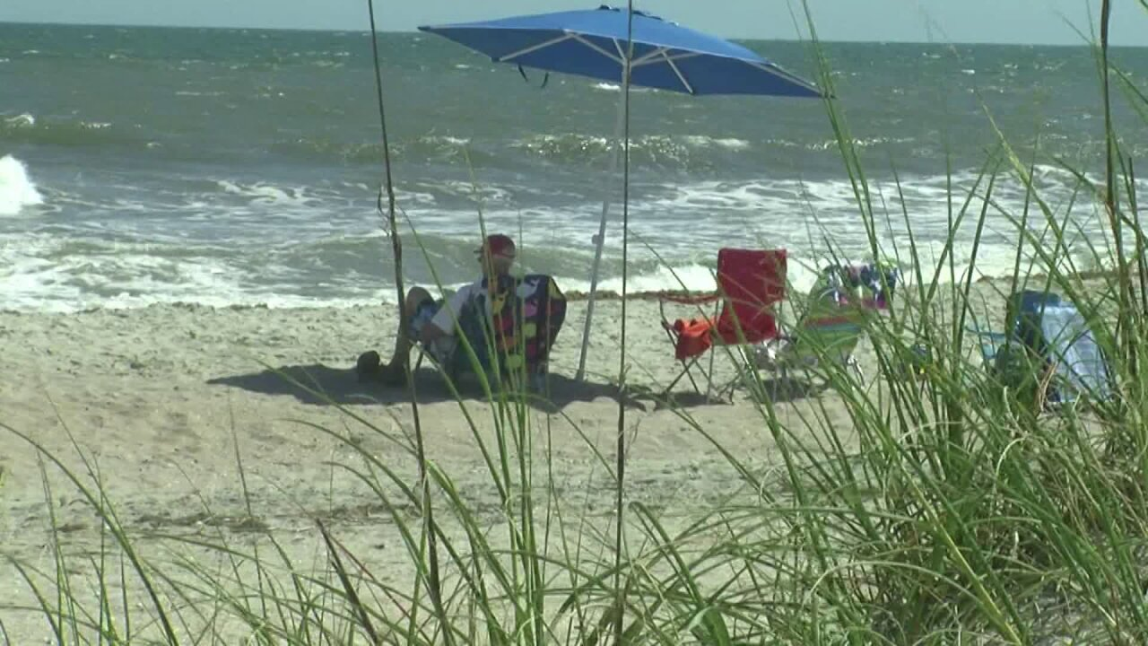 Teenage girl on boogie board reportedly bit by shark on N.C. beach