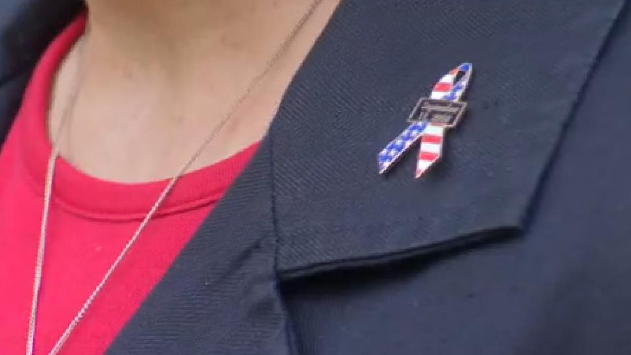 911 pin.PNG
