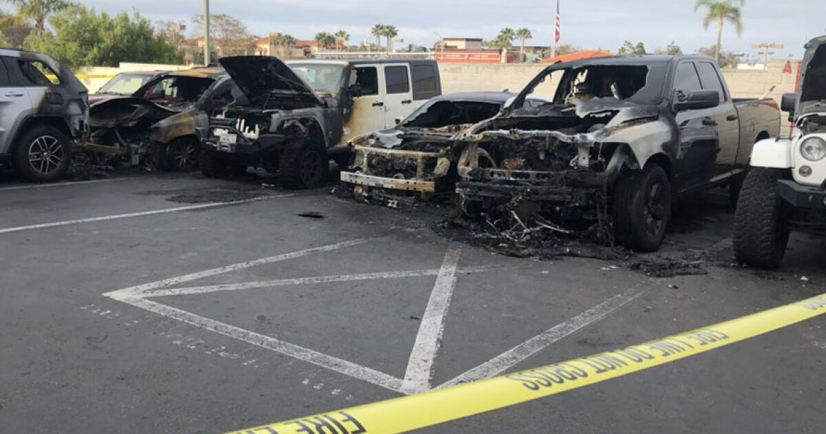 Bob Baker Jeep >> Vehicles Destroyed In Possible Arson At Carlsbad Dealership