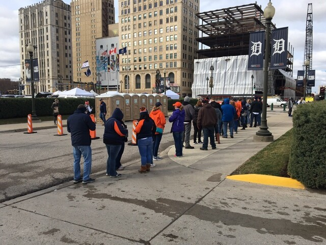 Photo gallery: 2017 Detroit Tigers Opening Day