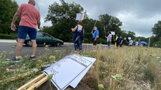 Muskegon Corrections Officers Picket