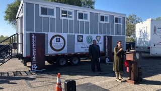 Nueces County mobile clinic 1118.jpg
