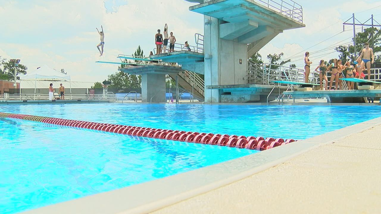 Tomahawk Diving hosts diving clinic for experienced and up and coming divers