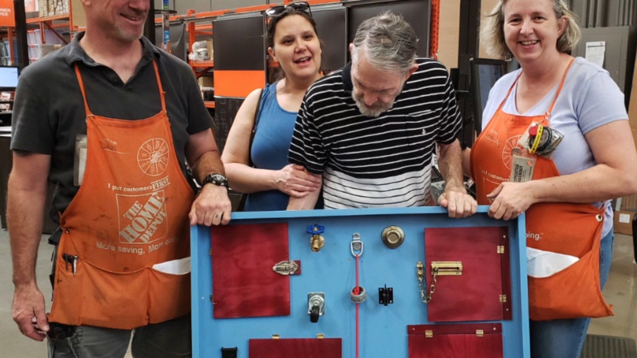 Valley woman praises Chandler Home Depot employees for act of kindness