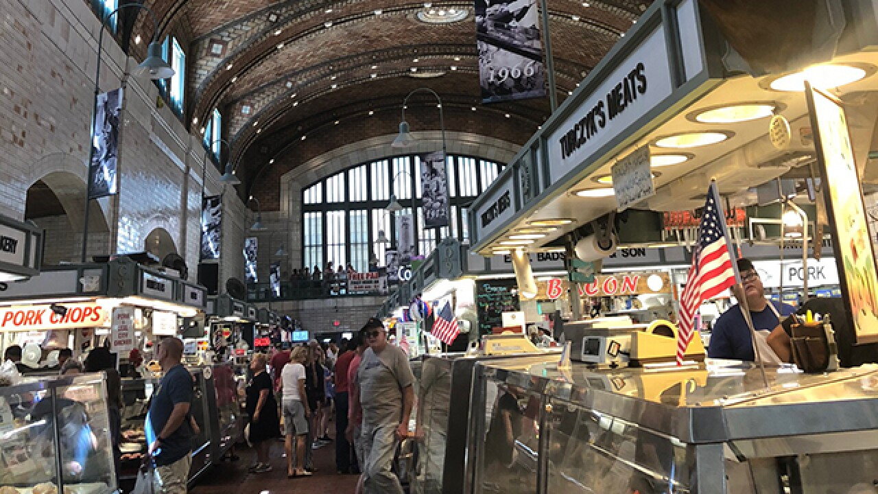 West Side Market shoppers get relief from heat