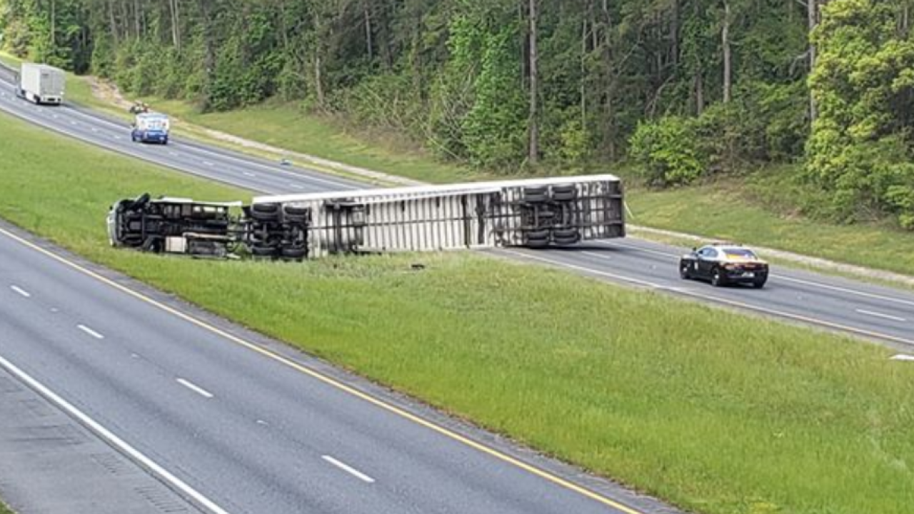Semi-truck overturns on I-10 WB in Tallahassee 2.PNG