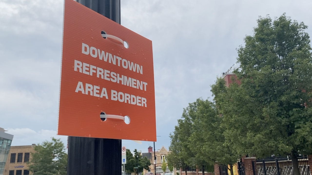 """Refreshment Zones"" open up in downtown Grand Rapids"