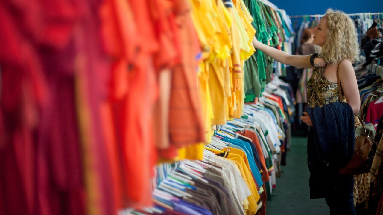 Stores tightening return policies thisyear