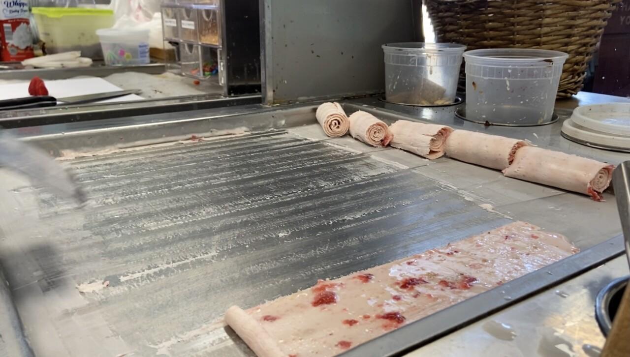 Rolled Ice Cream at Unicha