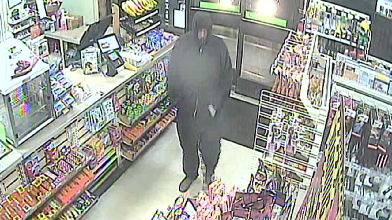 Video shows man wanted in 7-Eleven robbery inRichmond