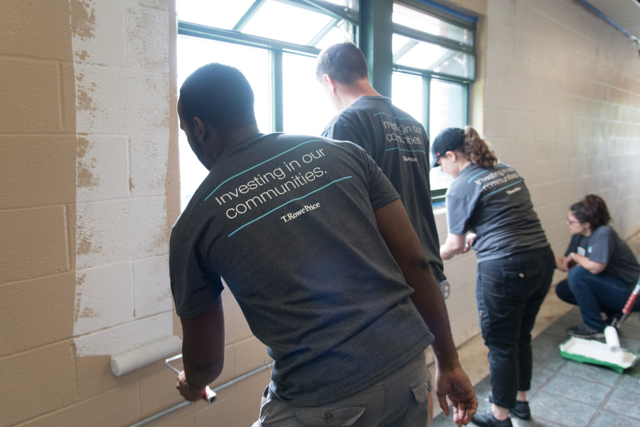 T. Rowe Price volunteers at Board of Chlid Care