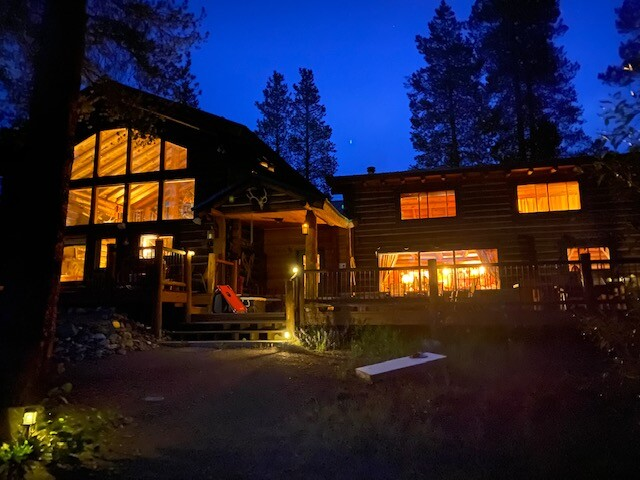 Twin Pines Lodge at Sun Valley Lake