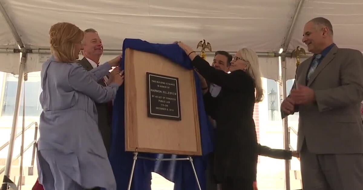 Payette dedicates historic post office to Harmon Killebrew