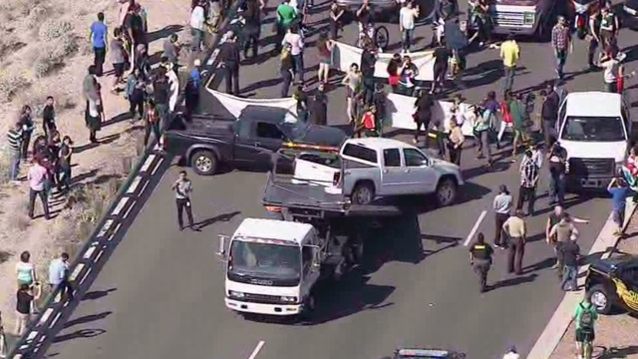3 protesters arrested at Trump rally in Arizona