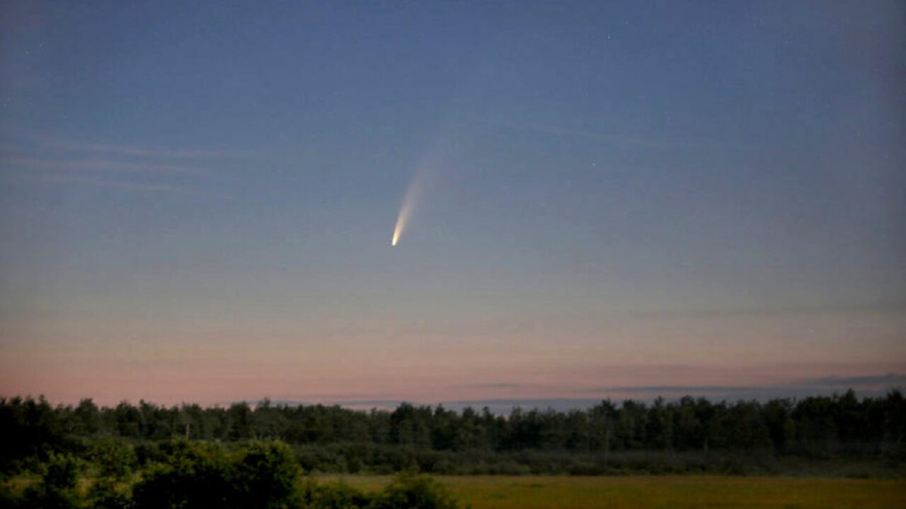Comet NEOWISE near Duluth, MN on July 8th, 2020. Taken by Bob King.