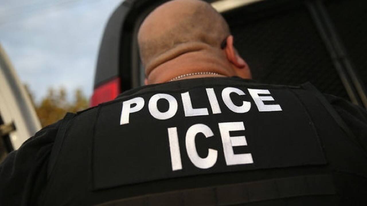 Immigration agents arrest 114 in Ohio landscaper sting