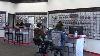 Free classes aim to help people get more smartphone savvy