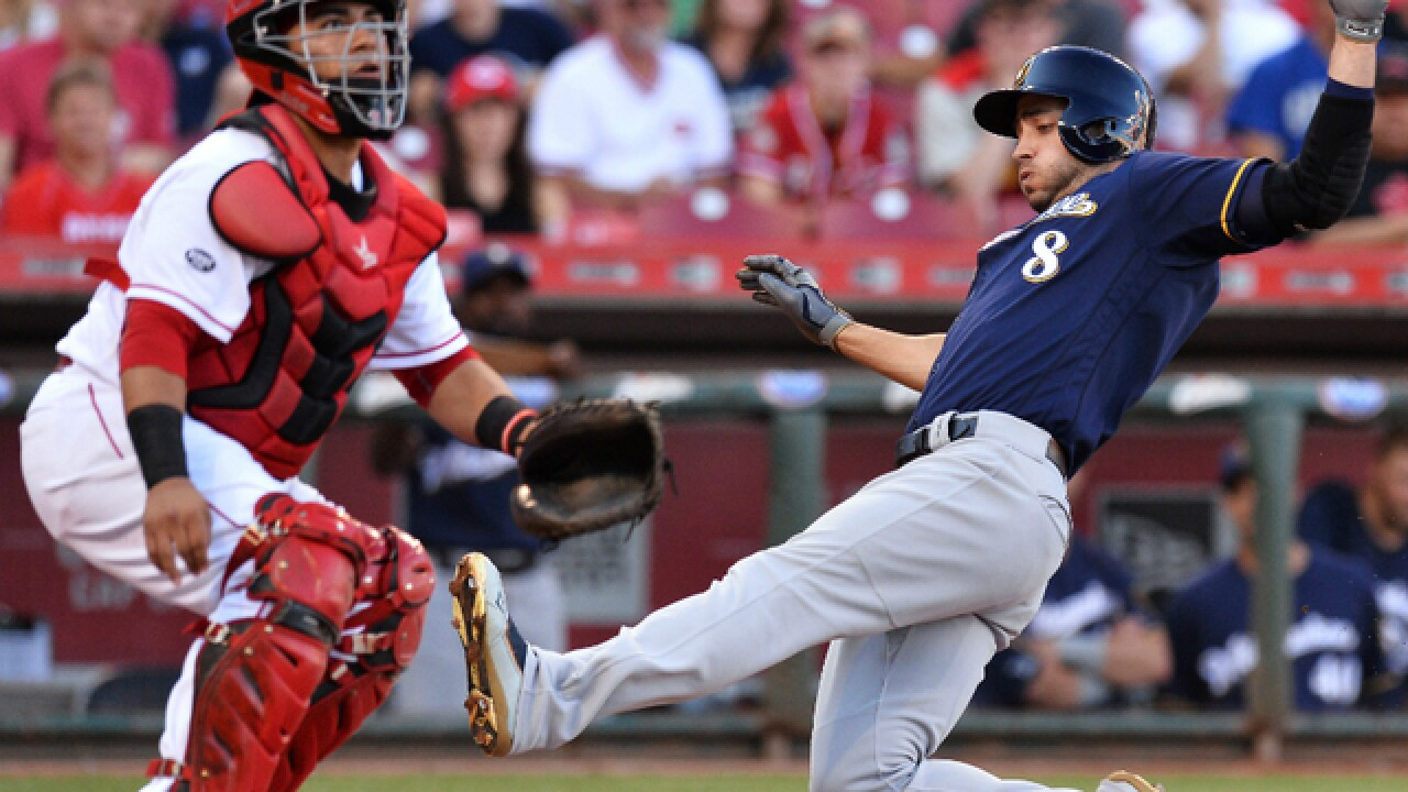 Lucroy's 2-run HR starts big inning as Brewers beat Reds 9-1
