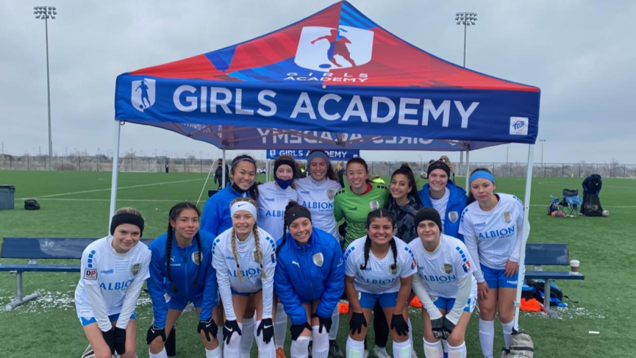 Winter storm strands Las Vegas girls soccer team in Texas