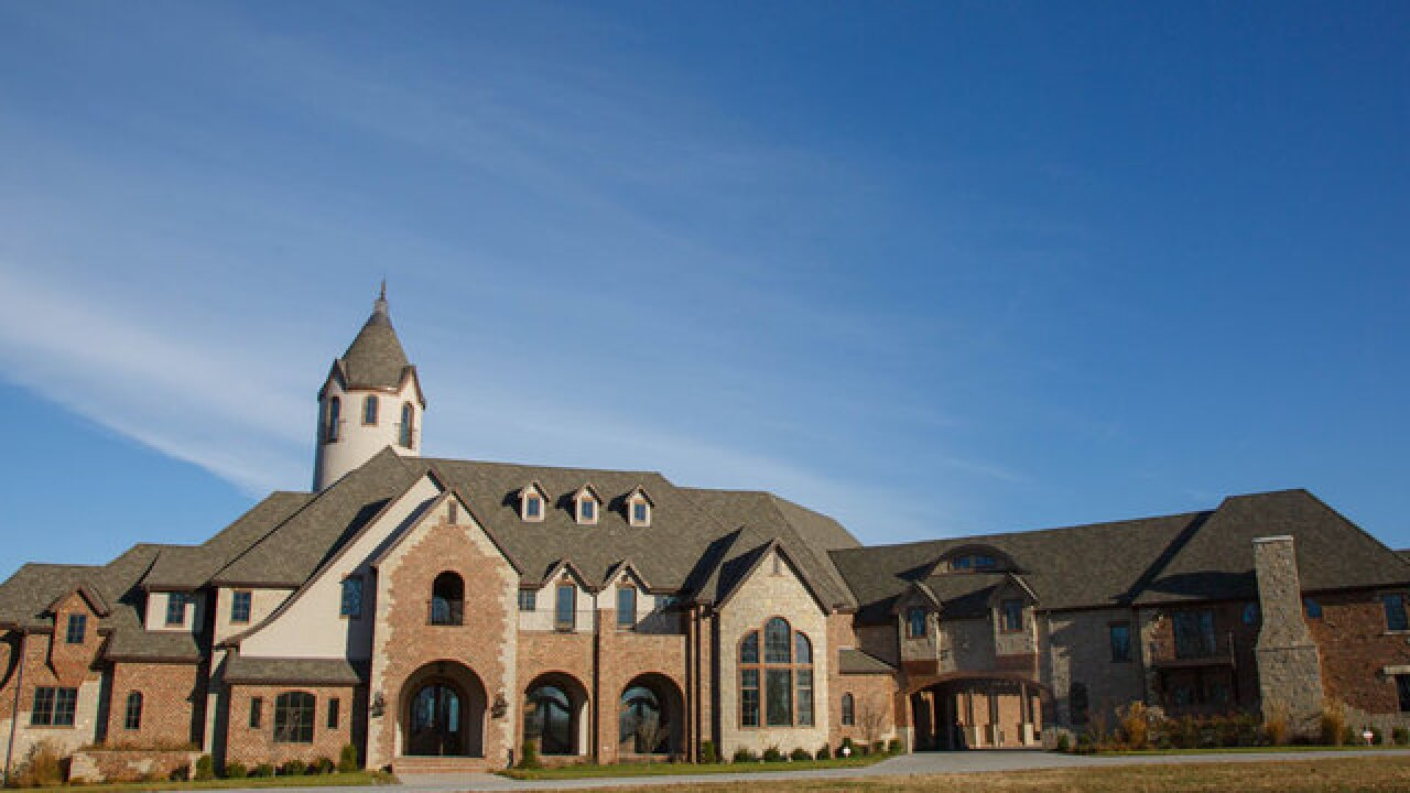 MLB star Cole Hamels donates mansion to charity