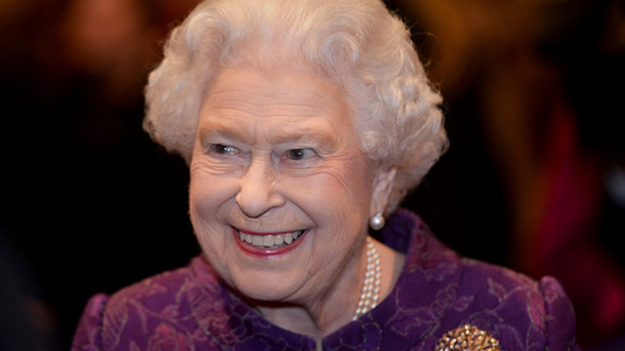 Queen Elizabeth to miss New Year's Day church service