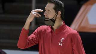 Cincinnati head coach John Brannen