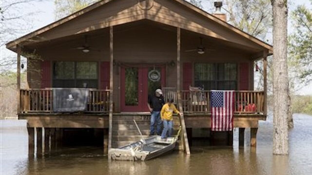 Thousands of homes damaged in floods in Gulf