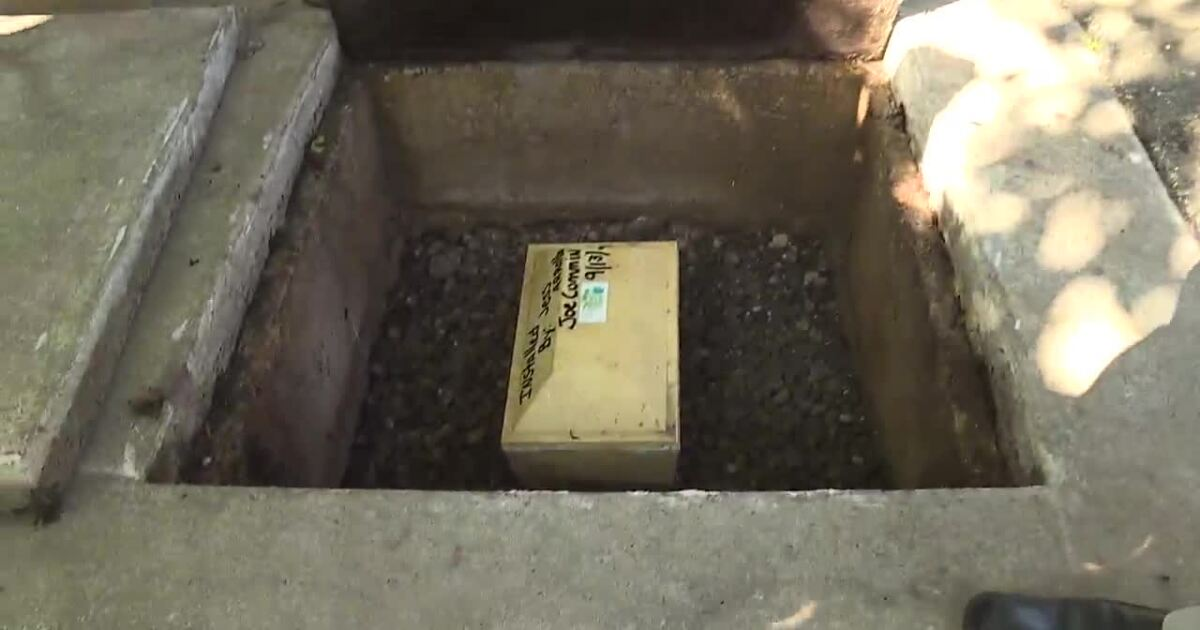 City leaders dig up a time capsule on the Boise Greenbelt