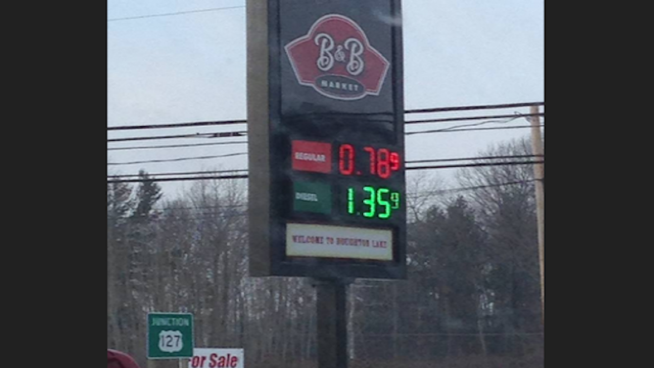 Michigan gas prices drop below $1 in areas